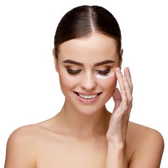 Contour des yeux deshydraté : les cosmétiques bio à la rescousse